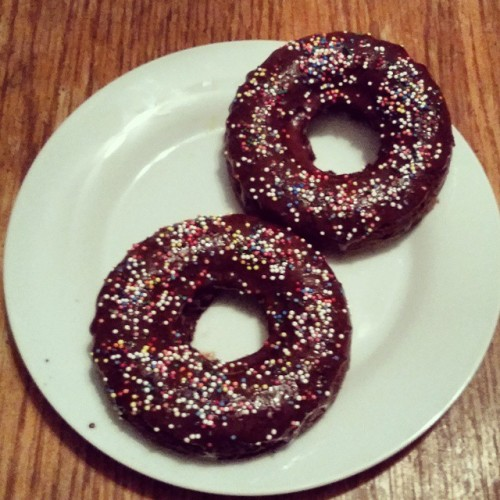 Chocolate Baked Doughnuts